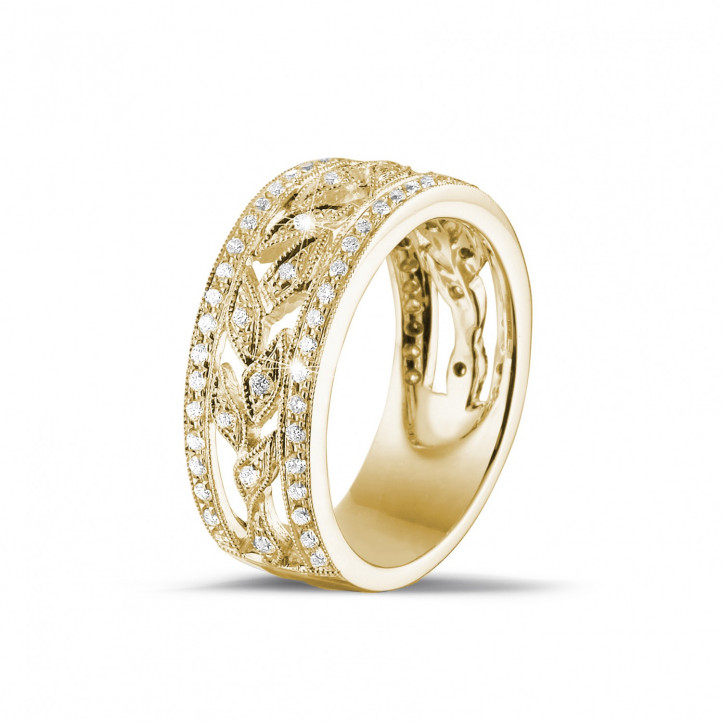 0.35 carat alliance florale en or jaune avec des petits diamants ronds