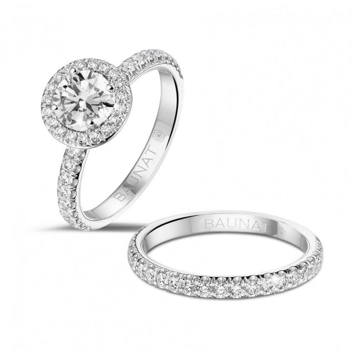 0.70 carats bague solitaire de type auréole en platine avec diamants ronds