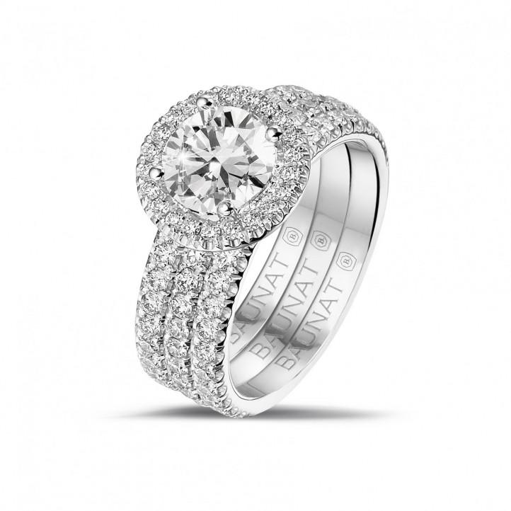 1.20 carats bague solitaire de type auréole en platine avec diamants ronds