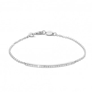 Intemporel - 0.25 carat bracelet fin en platine avec diamants