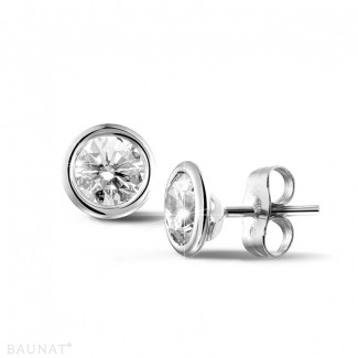 1.50 carat boucles d'oreilles satellites en or blanc et diamants