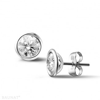2.00 carat boucles d'oreilles satellites en or blanc et diamants