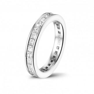 Nouveautés - 1.75 carat alliance en or blanc avec diamants princesse