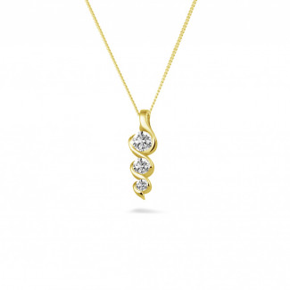 0.38 carat pendentif trilogie en or jaune avec diamants