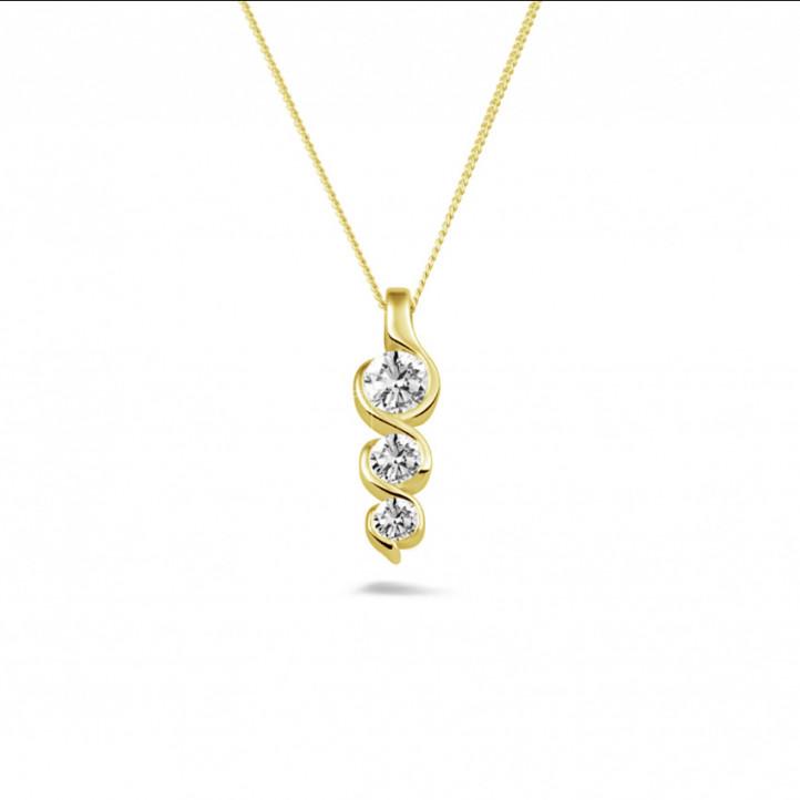 0.57 carat pendentif trilogie en or jaune avec diamants