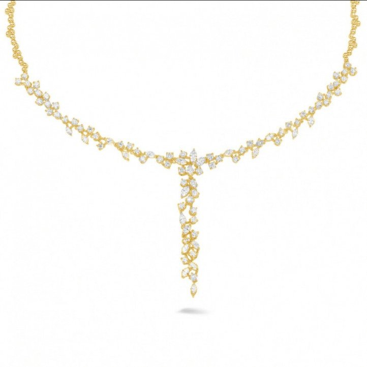 5.85 carat collier en or jaune avec diamants ronds et marquise
