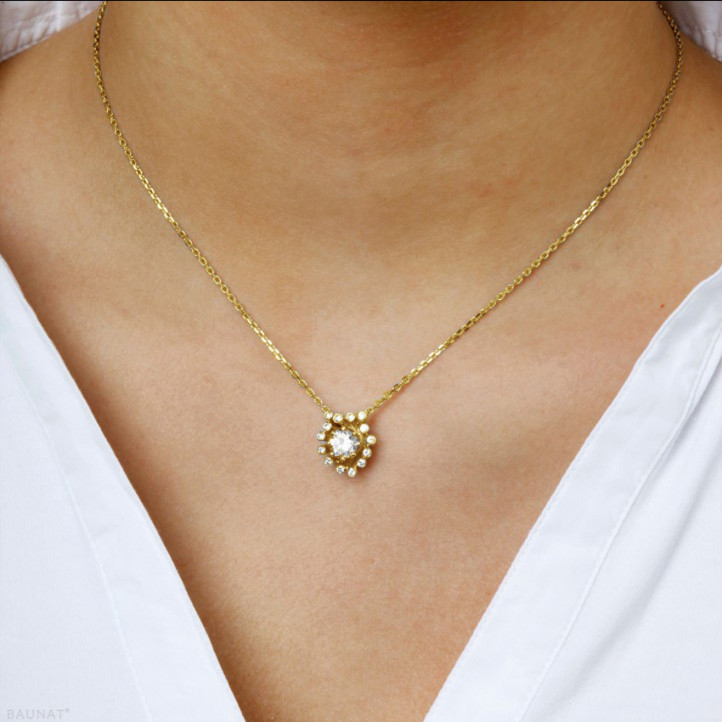 0.75 carat collier design en or jaune avec diamants