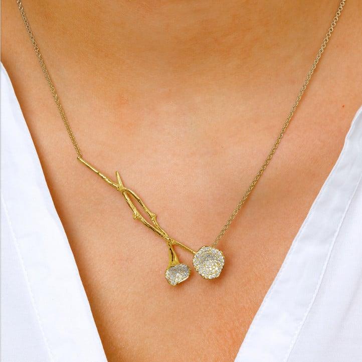 0.73 carat collier design en or jaune avec diamants