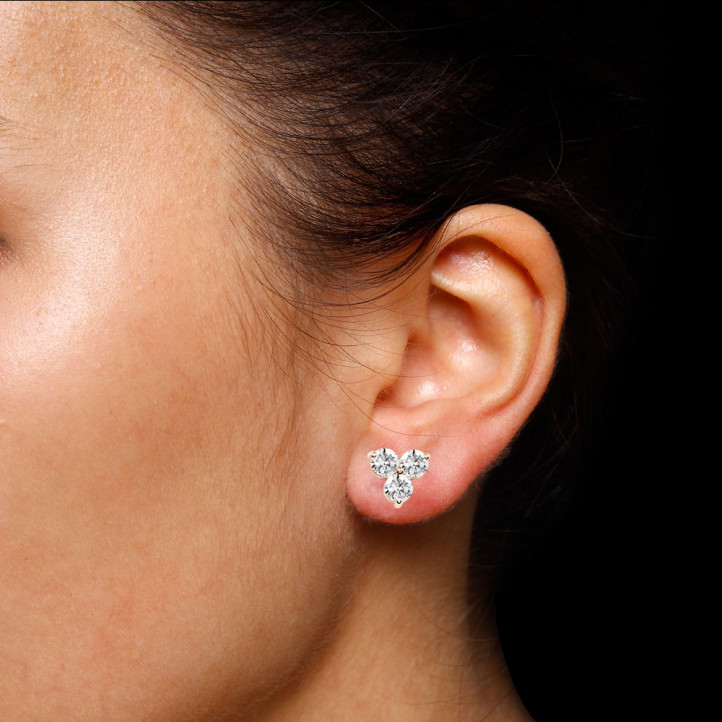 2.00 carat boucles d'oreilles trilogie en or rouge et diamants