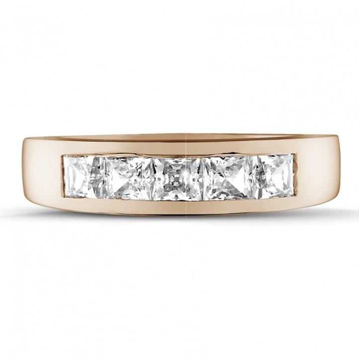 1.35 carat alliance en or rouge et diamants princesses