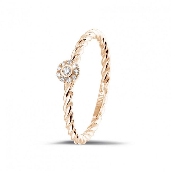0.04 carat bague superposable tressée en or rouge avec diamant