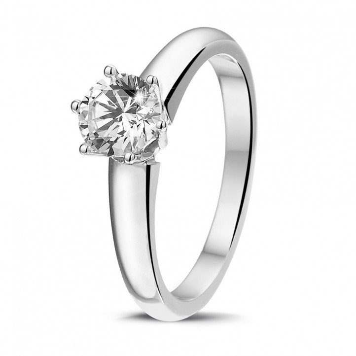 0.75 carat bague diamant solitaire en or blanc avec six griffes