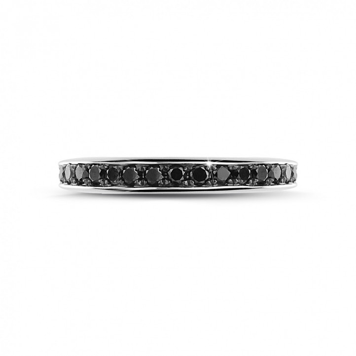 0.68 carat alliance (tour complet) en or blanc et diamants noirs