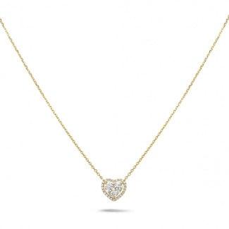 0.65 carat collier en forme de coeur en or jaune avec diamants ronds