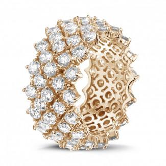 Joaillerie exclusive en or rouge - Bague design arête en or rouge avec diamants