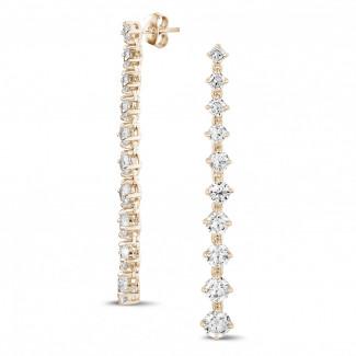 Boucles d'oreilles - 5.85 carats boucles d'oreilles dégradé en or rouge avec diamants