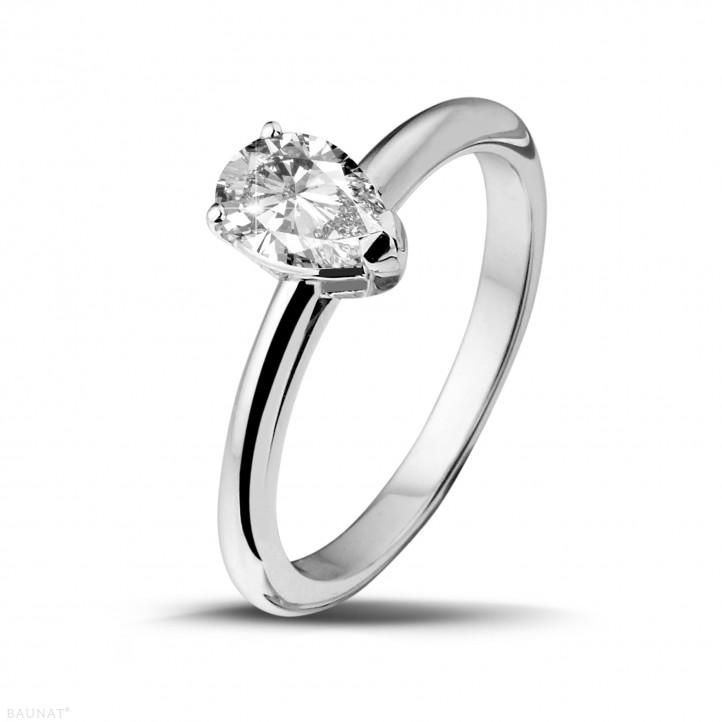 1.00 carat bague solitaire en or blanc avec diamant en forme de poire de qualité exceptionnelle (D-IF-EX)