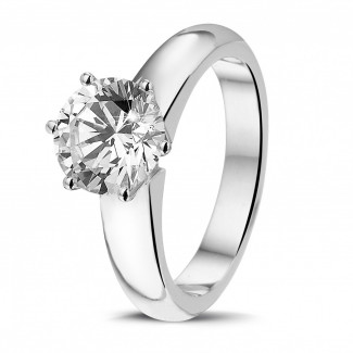 - 2.00 carat bague diamant solitaire en or blanc avec six griffes de qualité exceptionnelle (D-IF-EX)