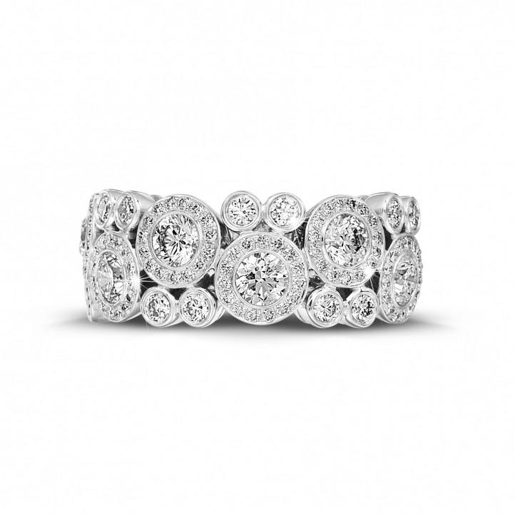 1.80 carat bague en or blanc et diamants