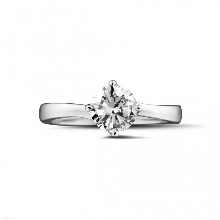 0.90 carats bague solitaire diamant en or blanc