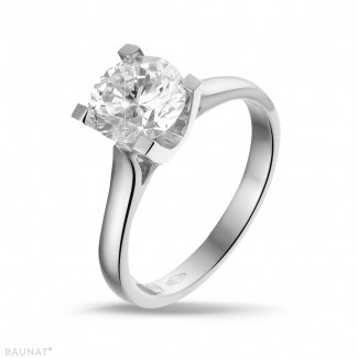 1.50 carats bague solitaire diamant en or blanc