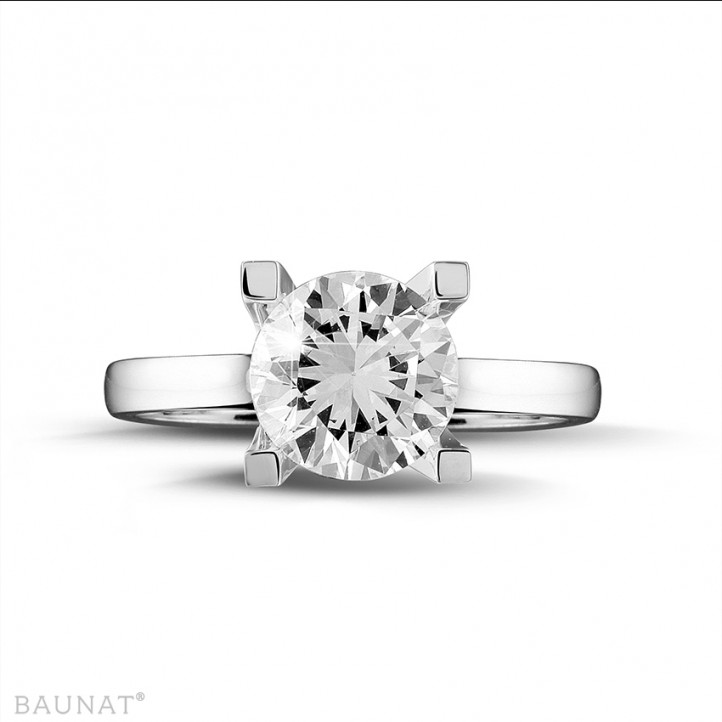 2.50 carats bague solitaire diamant en or blanc