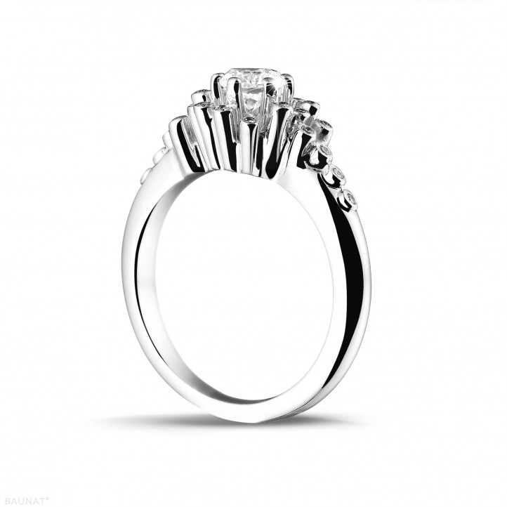 0.50 carat bague design en or blanc et diamants