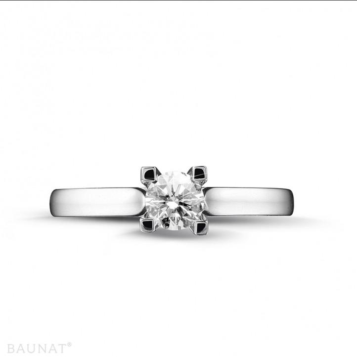 0.30 carat bague solitaire diamant en or blanc