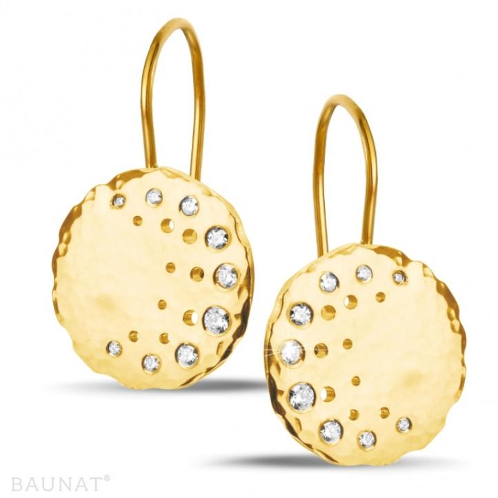 0.26 carat boucles d'oreilles design en or jaune avec diamants