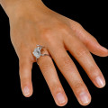 0.89 carat bague design en or blanc et diamants