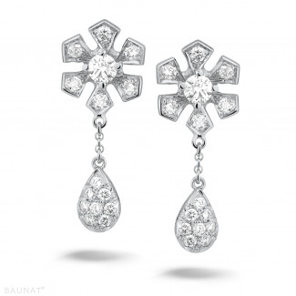 Or Blanc - 0.90 carat boucles d'oreilles fleur en or blanc et diamants