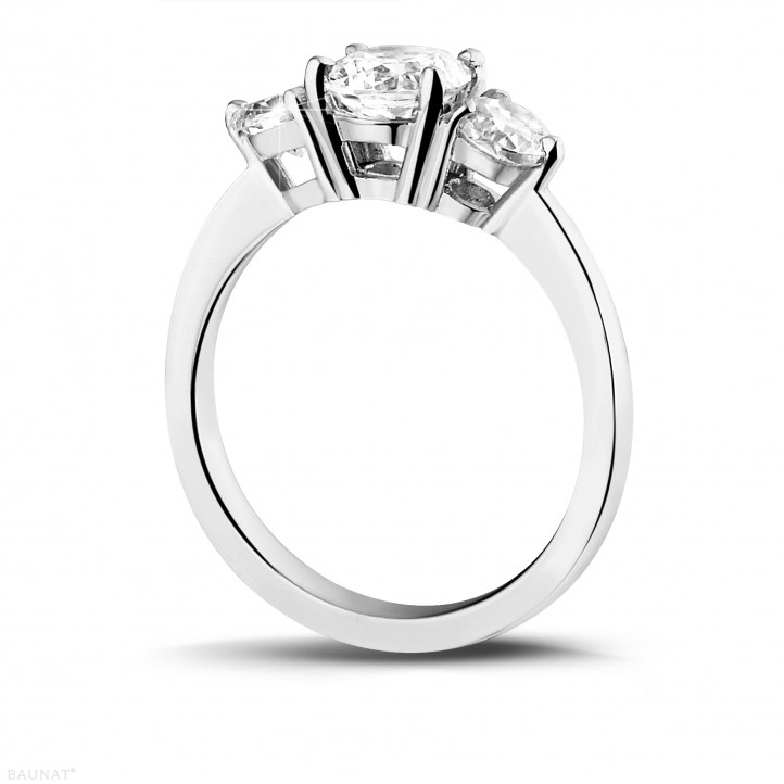 1.50 carat bague trilogie en or blanc et diamants ronds