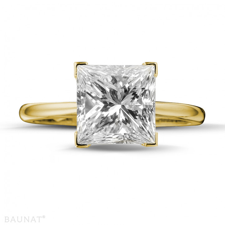 3.00 carat bague solitaire en or jaune avec diamant princesse