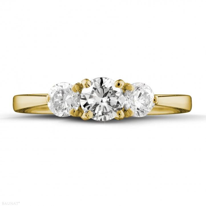 0.95 carat bague trilogie en or jaune et diamants ronds