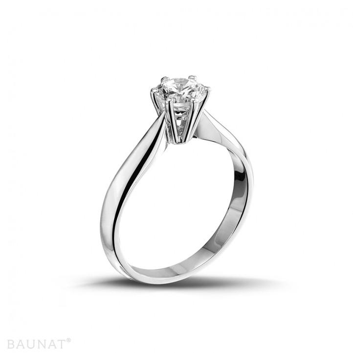 0.75 carats bague diamant solitaire en platine