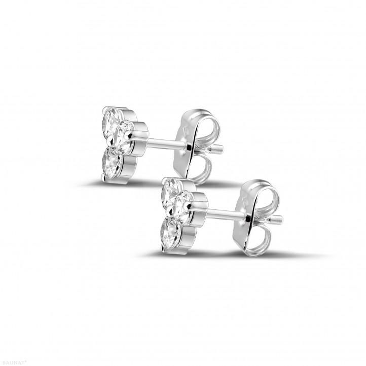 0.60 carat boucles d'oreilles trilogie en or blanc et diamants