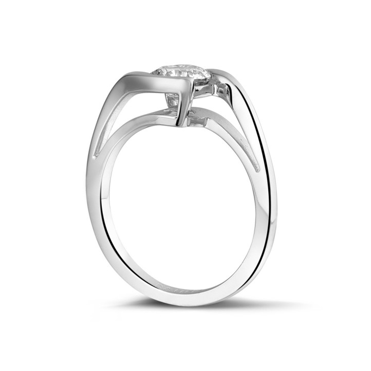 1.00 carats bague solitaire diamant en or blanc