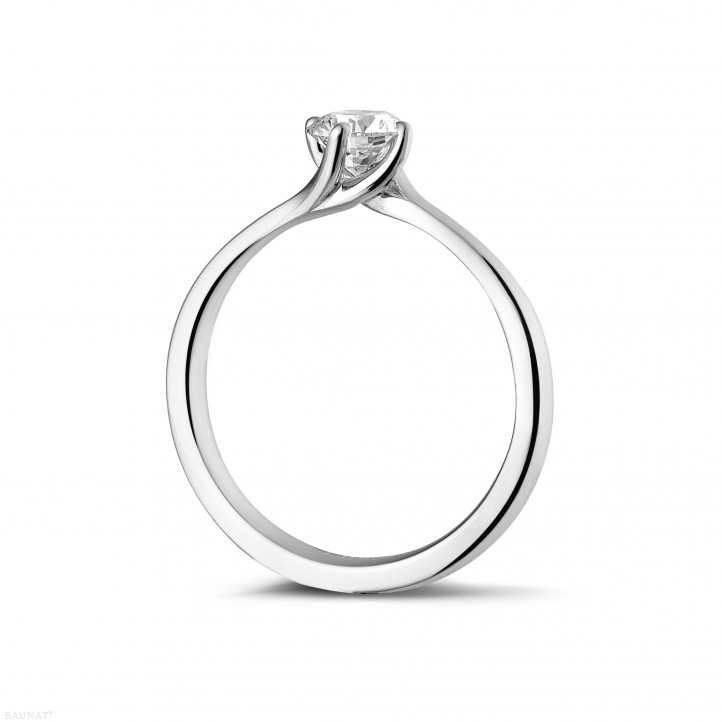 0.50 carats bague solitaire diamant en or blanc
