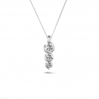 Colliers Or Blanc - 0.57 carat pendentif trilogie en or blanc avec diamants