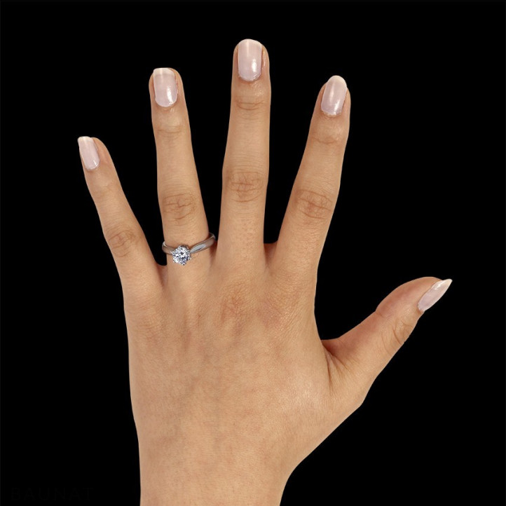 0.90 carat bague solitaire diamant en or blanc