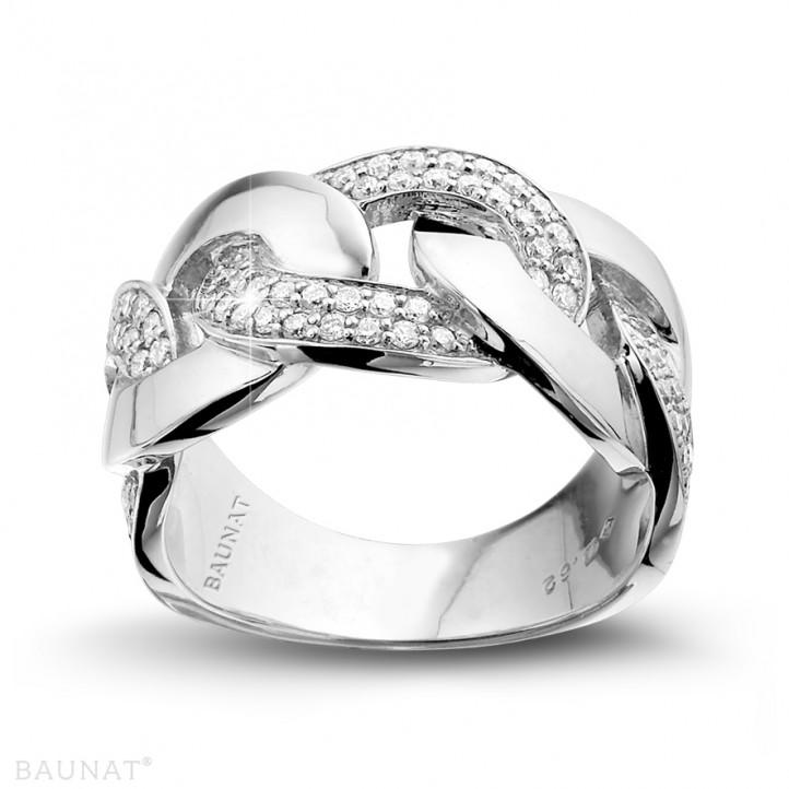 0.60克拉鉑金密鑲鑽石戒指