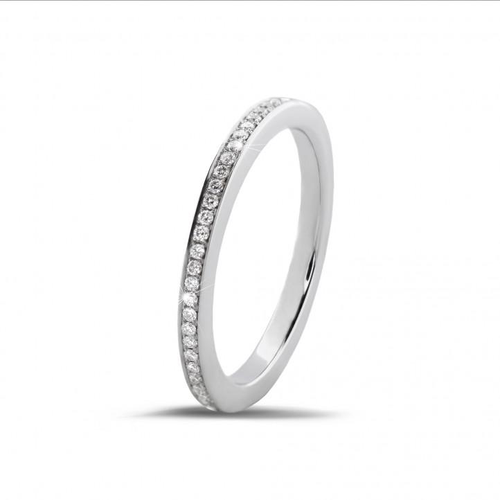 0.22克拉白金密鑲鑽石戒指