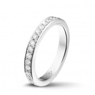 經典婚戒 - 0.68克拉白金密鑲鑽石戒指