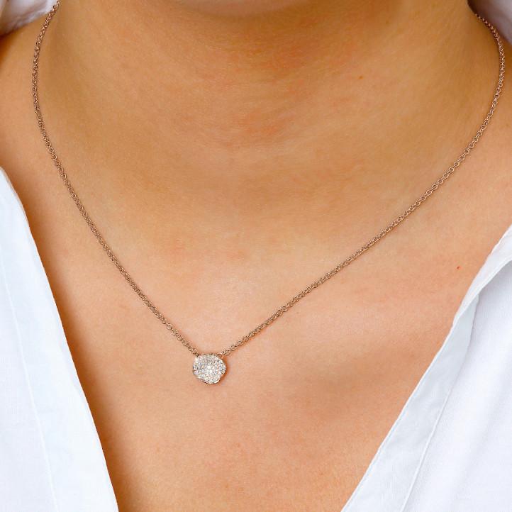設計系列0.25克拉玫瑰金鑽石項鍊