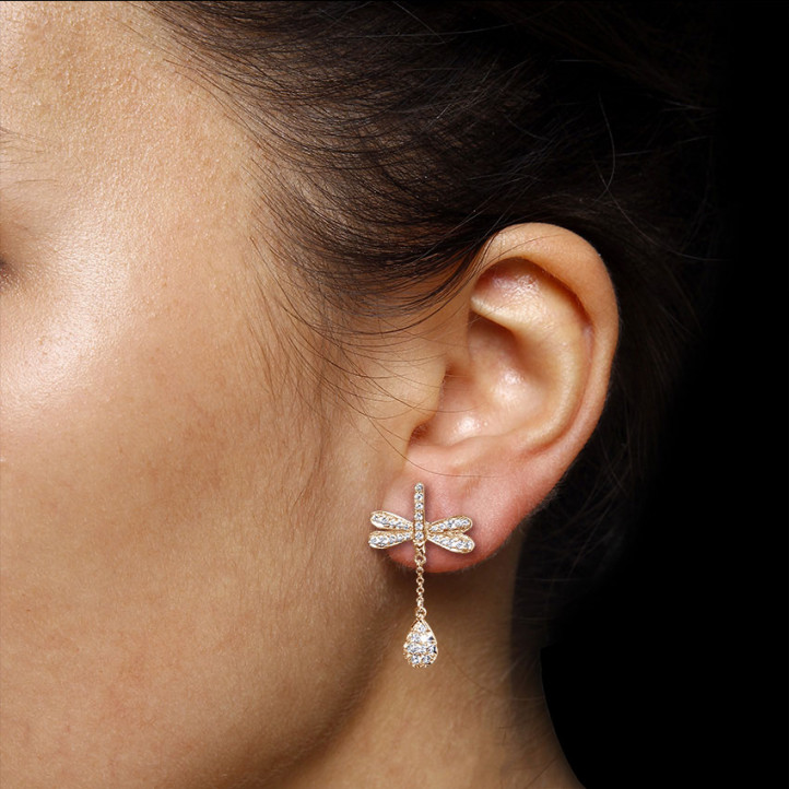 設計系列 0.95 克拉玫瑰金鑽石蜻蜓舞花耳環