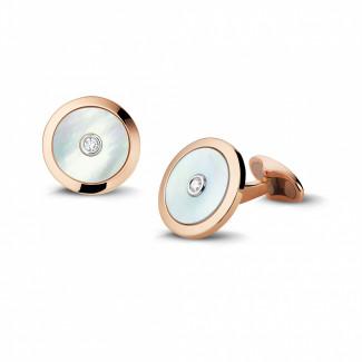 ピンクゴールドカフスボタン - マザーオブパールとセンターダイヤモンド付きピンクゴールドカフスボタン
