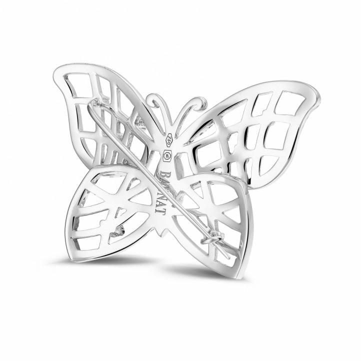 0.90 カラットのホワイトゴールドダイヤモンドバタフライデザインブローチ