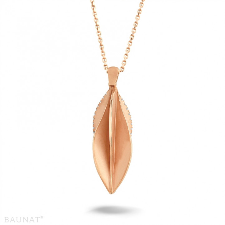 0.25 カラットのピンクゴールドダイヤモンドデザインペンダント