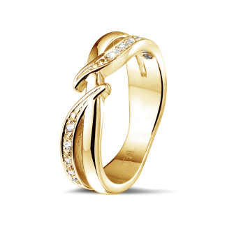 イエローゴールドダイヤモンドリング - 0.11 カラットのイエローゴールドダイヤモンドリング
