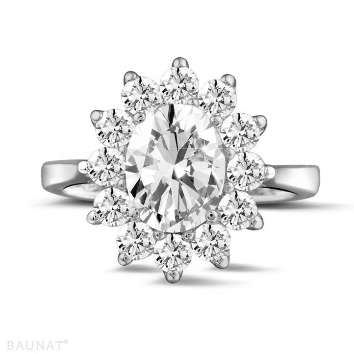 2.84 カラットのオーバルダイヤモンド付きプラチナ取り巻きリング